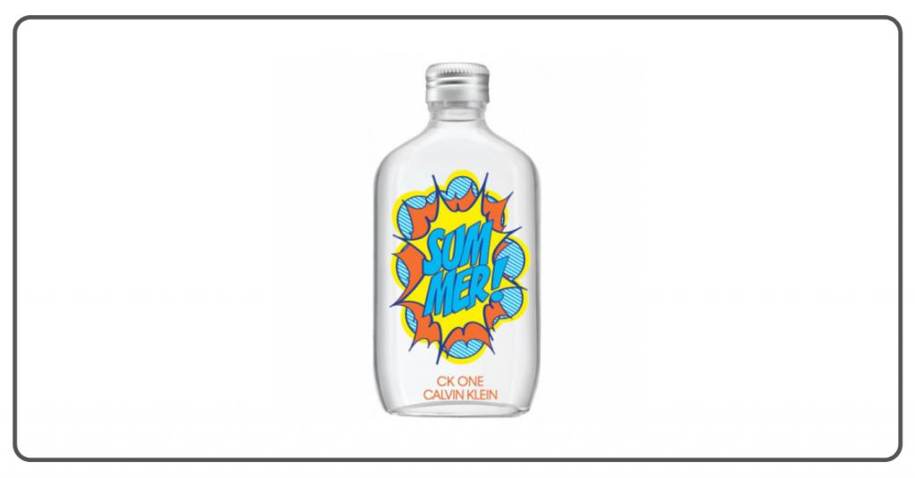 Bote de la fragancia Summer para hombres de Calvin Klein en el que las letras están dibujadas en un estilo comic