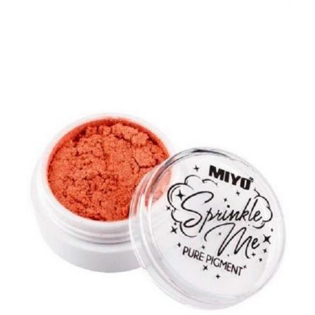 brillo para maquillar color naranja en un pequeño bote redondo blanco con tapa trasparente y letras negras de miyo