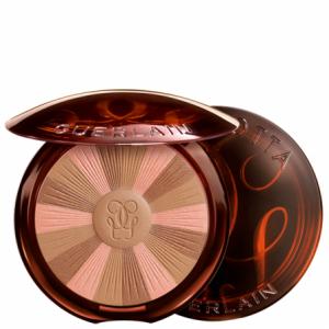 bronceador en polvo de la marca Guerlain en tonos marrones y rosa